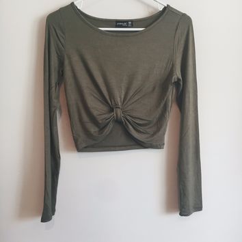 Long Sleeve Front Knot Crop Top