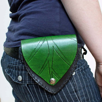 Leather Belt Pouch with Tooled Leaf  Handmade by SnappingDragon