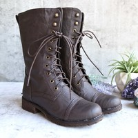 lace up combat boot - brown