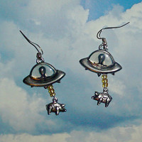 Alien Abduction of Pigs Earrings UFO by AlienAbduction on Etsy
