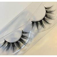 Love Kiani x Glamorous Chicks Cosmetics Mink Lashes