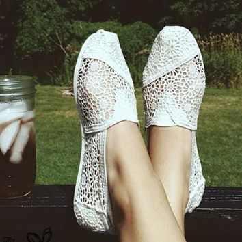 TOMS Natural Crochet Classics Flats Fashion hollow Summer Sexy Loose Shoes White-2