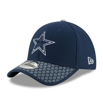 Men's Dallas Cowboys New Era Navy 2017 Sideline Official 39THIRTY Flex Hat