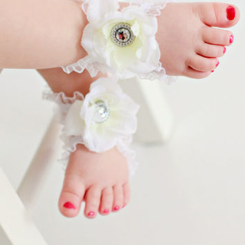 Barefoot Baby Sandals - Infant Sandals - White Baby Sandals - Bottomless Sandals  - Baby Sandals - Baby wedding Shoes - Baby Photo Prop