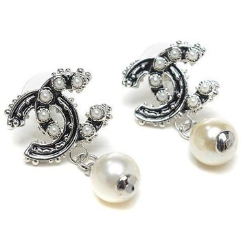 Perfect Chanel Woman Fashion Logo Pearls Stud Earring For Best Gift