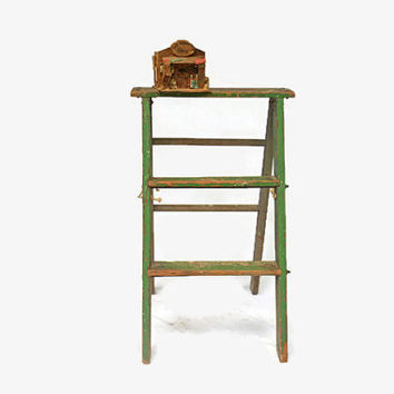 Rustic Wooden Ladder, Vintage Folding Ladder, Chippy Green Ladder, Shabby Chic,  Rustic Furniture, Wood Step Ladder, Display Stand