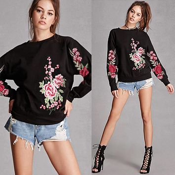 Flower Embroidery Loose Round Neck Long Sleeve Pullover Sweater Women Tops