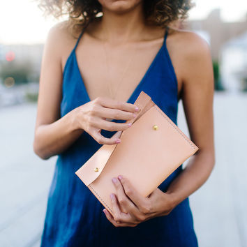 The Dovie Kate Clutch - Natural