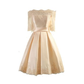 Sweet shoulder satin bride toast service bridesmaid dress short paragraph small dress Slim evening dress Champagne