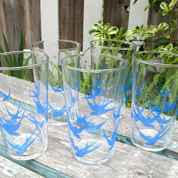 Vintage Bluebirds Federal Glass Tumblers Swallows Blue Birds RARE Blue Drinking Glasses, Epsteam
