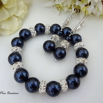Swarovski Navy Blue Pearl Bracelet Earring Set Navy Blue Wedding Bridal Formal Bridesmaid Jewelry Dark Blue Pearl Set Mother of Bride Groom