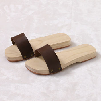 Wooden Sandles Leather Geta For Women and Man Flat Heel Japan Geta Solid Color Summer Flip Flops/Slippers Cosplay Shoe Plus Size
