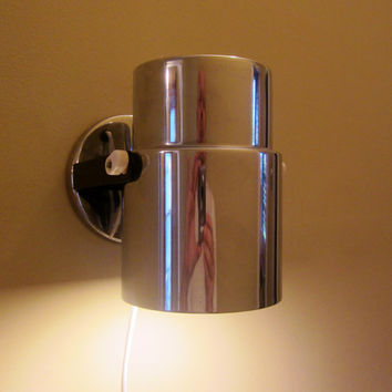 Vintage Modern Wall Light CHROME Silver Portable with PIVOT 1980s