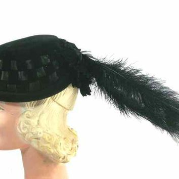 Vintage Black Cocktail Hat w Dramatic Long Feathers 1950s