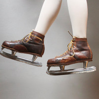 1950's mens hockey skates 9