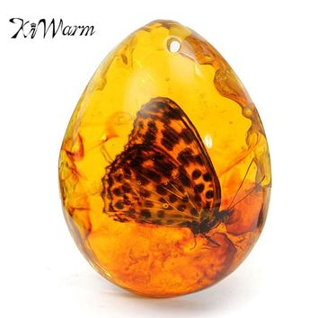 KiWarm Beautiful Amber Butterfly Insects Stone Pendant Necklace 5*4cm 0.8'' Thickness Gemstone for DIY Jewellery Pendant Crafts