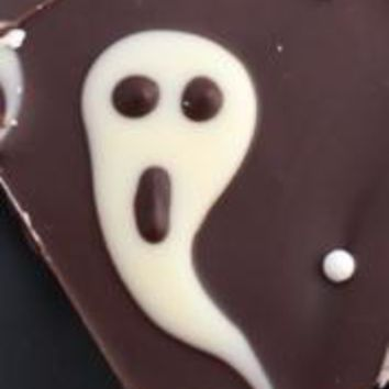 Ghostly Halloween Milk White Chocolate Chunky Bars