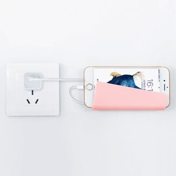 Creative Home Mobile Phone Wall Charger Adapter Charging Holder Hanging Stand Bracket Support Charge Hanger Rack Cell Phone hook