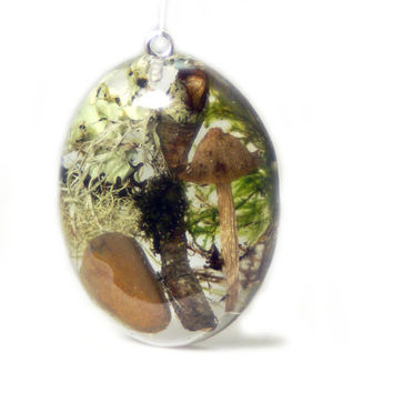 Moss Jewelry - Forest Moss Jewelry - Necklace Charm - Resin Pendant - Flower Jewelry - Handmade Flower Jewelry - Terrarium Jewelry