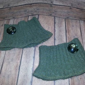 Mossy Green Recycled Sweater Boot Cuffs, Upcycled Boot Cuffs,Neutral boot cuff,  green Boot cuff, Boot Sock, boot cuff with button