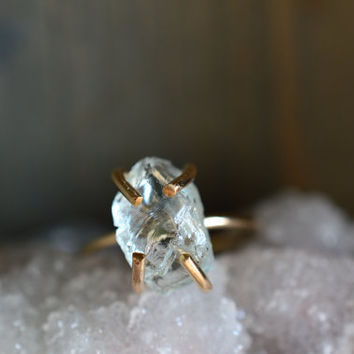 Raw Aquamarine Gold Fill Ring. Raw Rough Light Blue Stone Ring. March Birthstone. Natural Aquamarine Prong Ring. Boho Stacking Ring