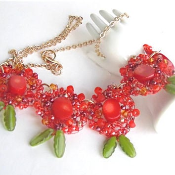 Crochet wire  Necklace- Red necklace Nature stones - Flower  necklace - Beaded necklace red
