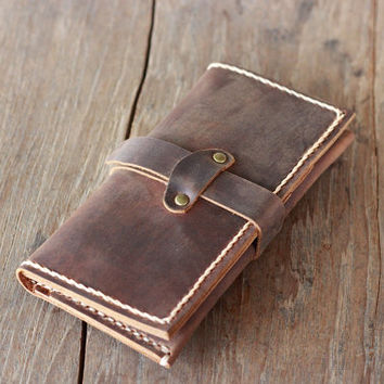 Wallet - Personalized Leather iPhone 5 Wallet Clutch --- Bridesmaid Gift
