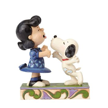 Snoopy Kissing Lucy -Agh! I've been kissed by a dog! Figurine
