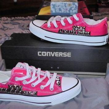 QIYIF hot pink womens converse all stars lowtop with silver studs along the outside of the s