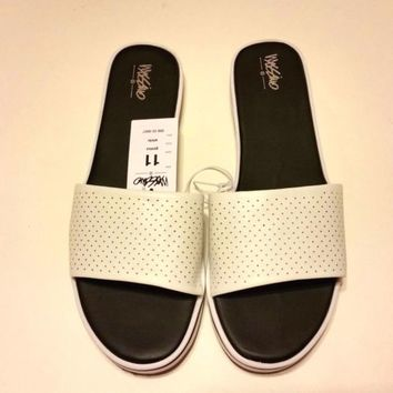 White Mossimo Pool Slides Sandals Size 11 new