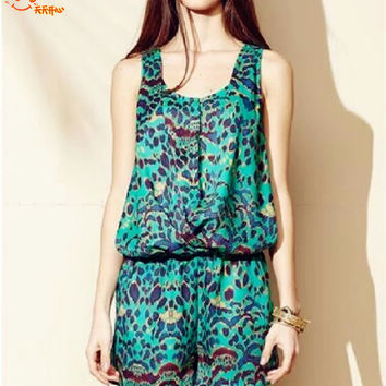 Sleeveless Jumpsuit - pattern = 4777464324