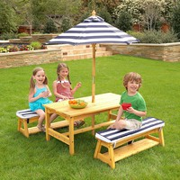 Children's Picnic Table With Umbrella  And Cushioned Benches For Outdoors