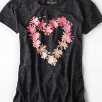 AEO 's Floral Heart Graphic T-shirt (True Black)