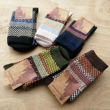 Autumn Winter Man Restore national style Ancient Wind Keep Warm Wool happy funny mens Socks men cotton 5PAIRS/LOT