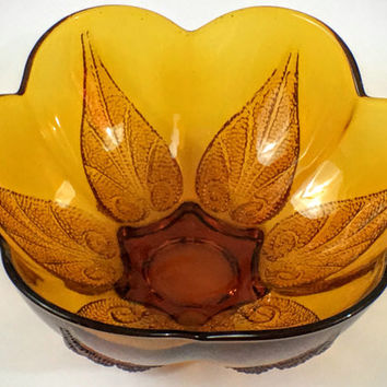 Vintage Indiana Glass Co Deep Amber Stippled Leaf Round Serving Bowl