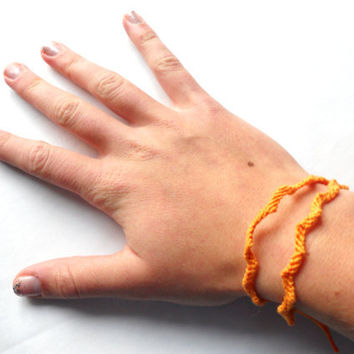 Handmade Double Wrap Thin ZigZag Friendship Bracelet // Light Orange