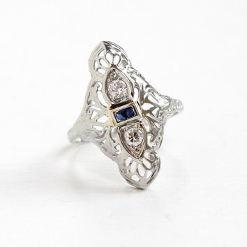 Antique 18K White Gold Sapphire & Diamond Filigree Shield Ring - Art Deco 1920s 1930s Size 6 1/4 Double Diamond Blue Gemstone Fine Jewelry