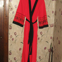 vintage Miss Elaine Soft Velour red w black wrap  robe housecoat lounger   w gold black embroidery  sz med