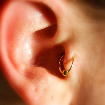 Tragus Ear Cuff with ball (gold) - No Piercing Required