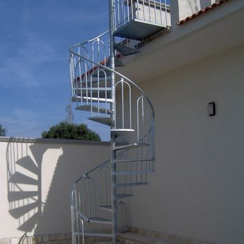 OUTDOOR STEEL SPIRAL STAIRCASE SPIRAL STAIRCASE | SO.C.E.T.