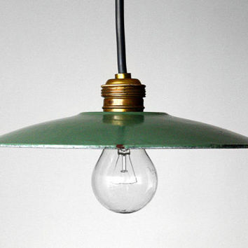 French Industrial Enamelled Lampshade / Metal Shade Pendant Ceiling Light Lighting / Bauhaus Lamp - France - 50s