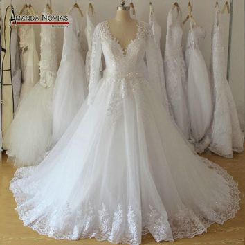 2017 Stunning New Model Wedding Dress With Beading Belt Real Photos NS986
