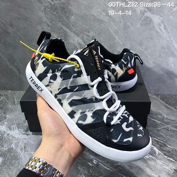 DCCK2 A1194 Adidas Terrex Summer breathable retro round-headed wading shoes Black White Blue