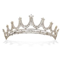 An Edwardian diamond tiara with floral motifs - Bentley & Skinner