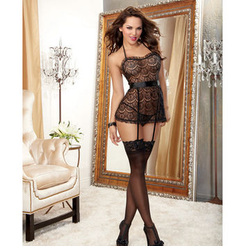 Scalloped Pattern Lace Halter Apron Babydoll W-attached Garter Straps & Panty Black O-s