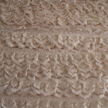 "5 YARDS, Ruffled Lace Trim,Beige, 3/4"" wide,Apparel,Sachet Embellishment,Bows,Bridal,Sewing Lace Trim,Scrapbooking Lace Trim,Ring Pillows"