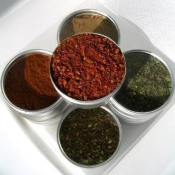 small global blends spice kit with recipe by purposedesign on Etsy