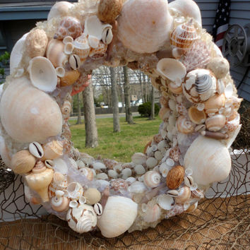 Sea Shell Mirror with Sea Glass-Nautical Shell Mirror Wreath-Coastal Mirror Wreath-Beach Themed Mirror