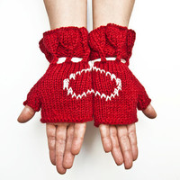 red and white fingerless gloves arm warmers by fatoss on Etsy