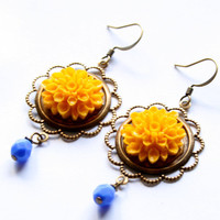 Antique Victorian Yellow Chrysanthemum Earrings